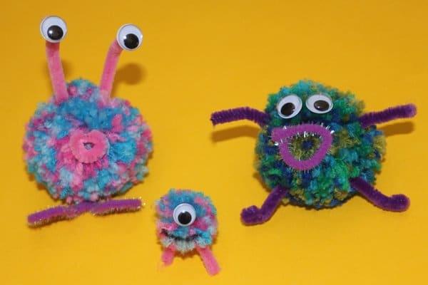 Crafts with pom poms