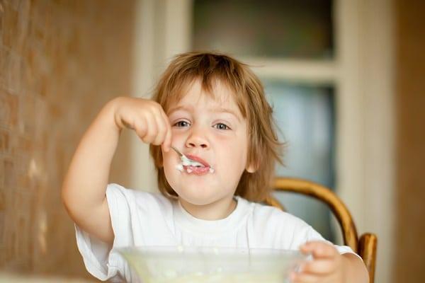child eating GAPS