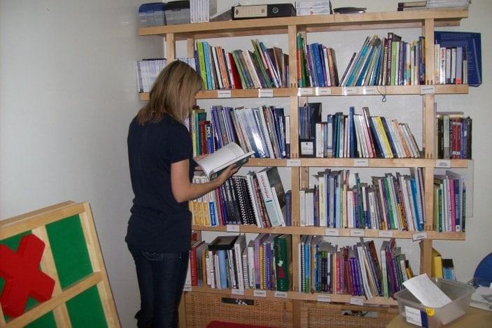 ABIQ Book_Library