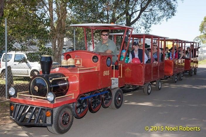 Pine Rivers Show train