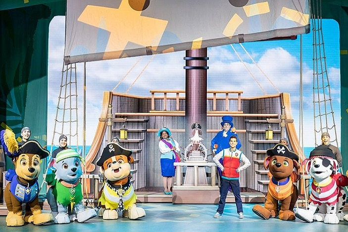 Whole cast from paw Patrol on board pirate ship including marshal, chase, skye and more