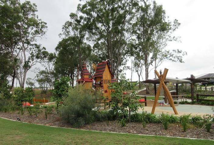 bray park playground park scene