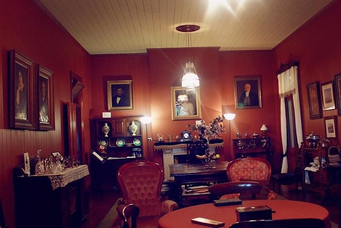 victorian living area